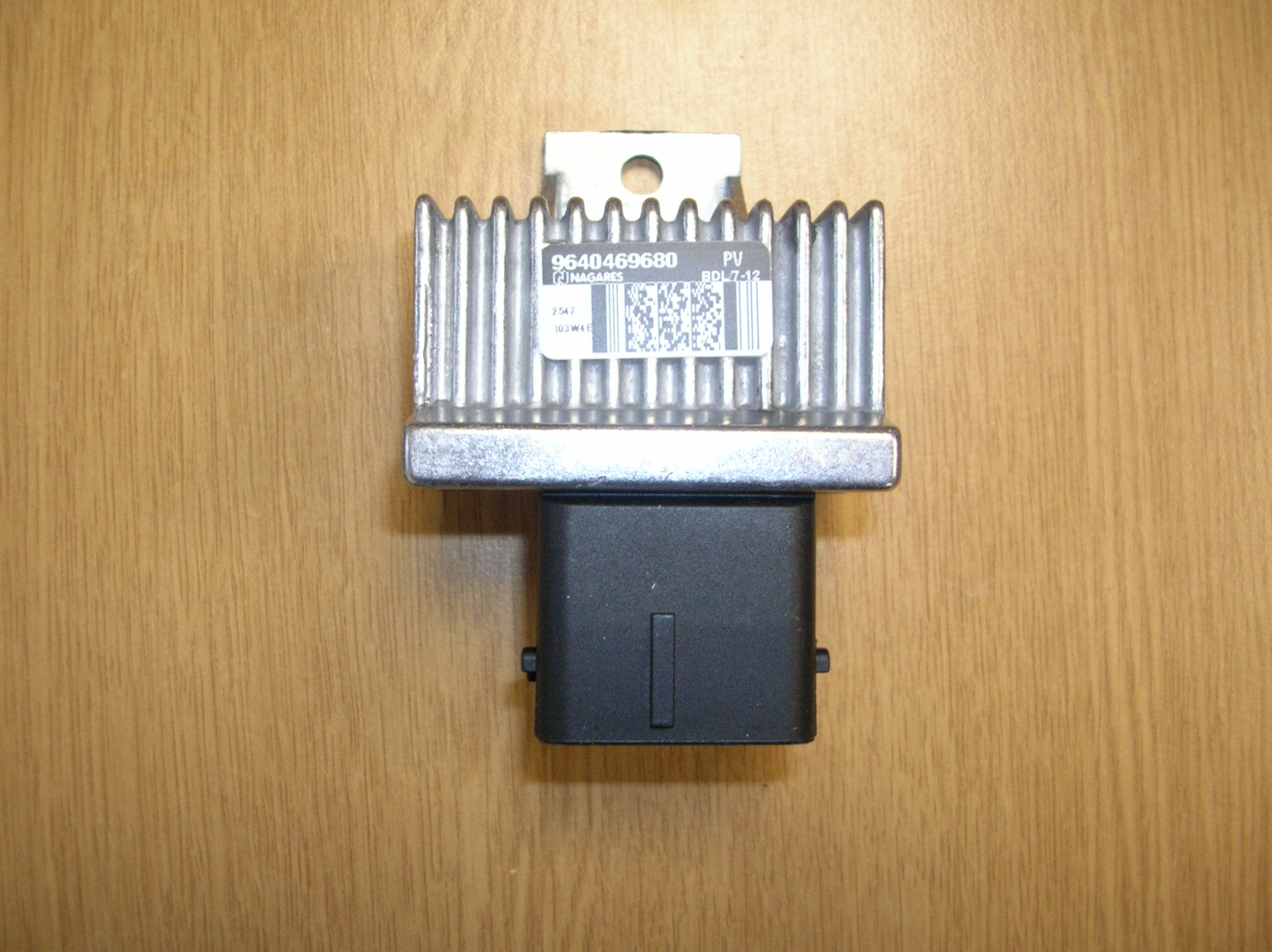 Nissan Navara D40 Euro 5 Glow Plug/Heater plug Relay ...